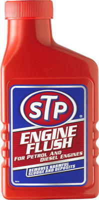 STP Přípravek pro čištění motoru (výplach) 450ml